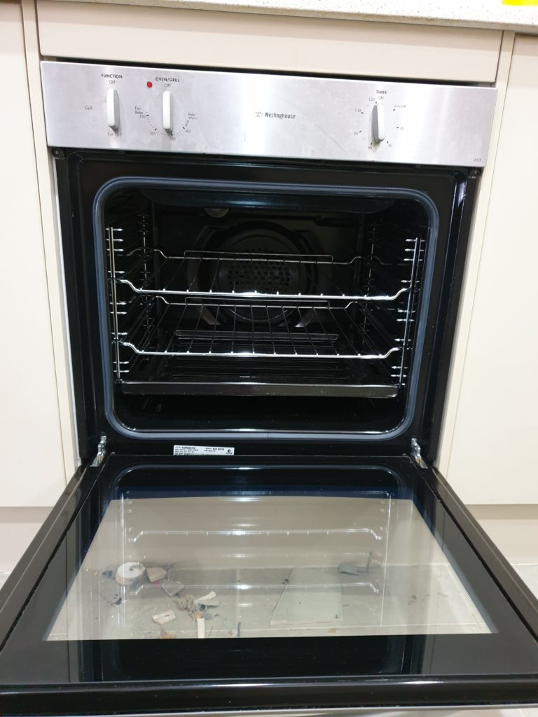 From Dirty to Clean - Oven Cleaning 2